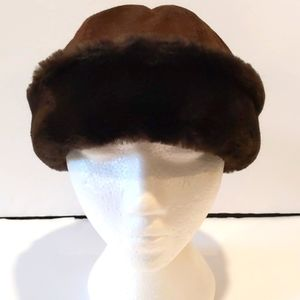 Pleau women's brown suede winter hat